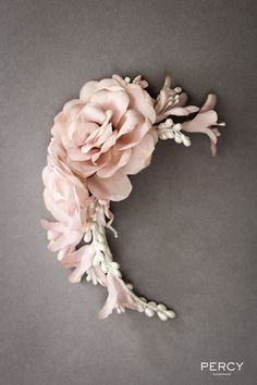 A gorgeous example of the stunning handmade floral bridal headpieces as made by the super talented Percy Handmade! http://www.percyhandmade.com/