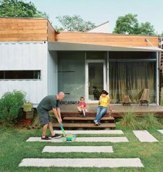 Cordell-Shipping-Container-House-1