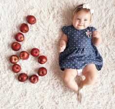 New Photography Baby 6 Months Posing Ideas Ideas Funny Baby Photos, Monthly Baby Photos, Baby Boy Photos, Baby Pictures, Cute Baby Names, Cute Babies, Baby Girl Party Dresses, Cute Baby Videos, Foto Baby