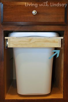 How to Build a Pull Out Trash and Recycling Bin - Makely School for Girls Trash And Recycling Bin, Trash Bins, Kitchen Recycling Bins, Kitchen Organization, Kitchen Storage, Organizing, Kitchen Garbage Can Storage, Kitchen Redo, Kitchen Remodel