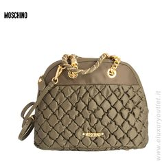 #Moschino #bag -60% su #eluxuryoutlet >> http://www.eluxuryoutlet.it/it/donna/accessori/borse/borsa-moschino-7.html