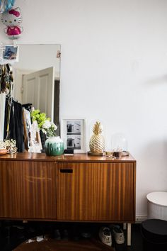 Dresser Styling, Elsie De Wolfe, Ikea, Interior Decorating, Interior Design, Black And White Colour, House Colors, Credenza, Buffet