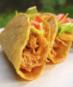 Cool Ranch Chicken Tacos {Slow Cooker} #recipe