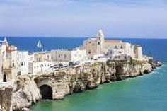 Italy is full of other places that are just as beautiful as the famous ones. This is a list of 10 italian secret places you have to see in your lifetime! Cool Countries, Countries Of The World, Places In Italy, Places To Visit, Cinque Terre, Lecce, Living In Italy, Italian Beauty, Secret Places