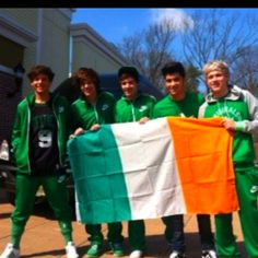 Happy St. Patrick's day Niall(: