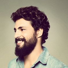 A bearded Caua Reymond!