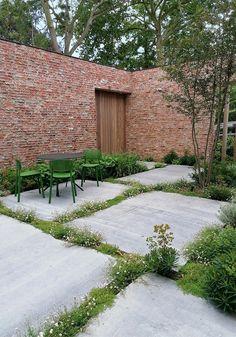 Small Backyard Gardens, Garden Spaces, Small Gardens, Outdoor Gardens, Urban Garden Design, Garden Landscape Design, Garden Paving, Garden Steps, Seaside Garden