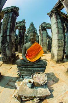 Flickr | Siem Reap, Cambodia | Mariska Kuipers Siem Reap, Angkor Wat, Cambodia, Tropical, Places, Landscapes, Painting, Paisajes, Scenery