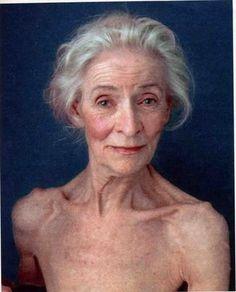 La vieillesse ne fait pas que des rides elle change aussi notre corps et ce bien loin des critères de beauté des magazines.