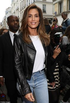 Wow: The sensational supermodel, 51, looked the spitting image of her supermodel heyday a...