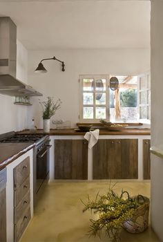 Love the rustic charm of this kitchen