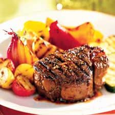 Marinade Filet Mignon, Filet Mignon Recipes Grilled, Bbq Marinade, Entree Dishes, Confort Food, Main Meals, Beef Recipes, Entrees, Steak