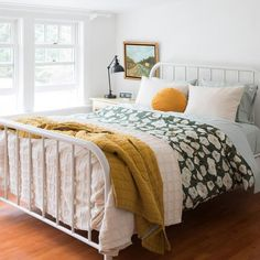 25 Cozy Bedroom Decor Ideas that Add Style & Flair to Your Home - The Trending House Cozy Bedroom, Home Decor Bedroom, Modern Bedroom, Diy Home Decor, Bedroom Ideas, Contemporary Bedroom, White Bedroom, Bedroom Furniture, Girls Bedroom