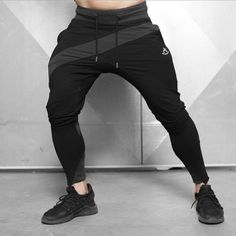 Men's black bodybuilding no zip hooded sweatshirts top + pants set – Excelsior Gym Pants, Sport Pants, Jogger Pants, Fitness Hose, Fitness Man, Health Fitness, Fitness Workouts, Fitness Diet, Mens Sweatpants