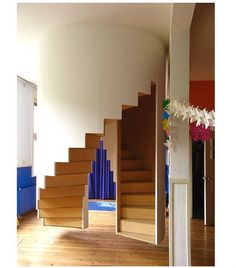 Hanging Staircase