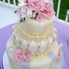 Midsummer Night's Dream wedding cake