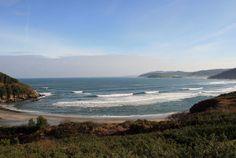 Playa de Fornos (Cariño). Al fondo, la Estaca de Bares