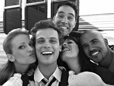 This is my favorite picture of my favorite cast!