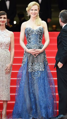 2014 Cannes Film Festival Red Carpet - Nicole Kidman dazzled in a strapless blue Armani Privé creation and Harry Winston jewelry. #InStyle