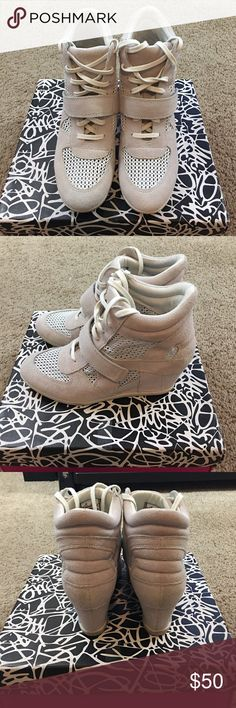Ash off white shoes size 40 in good used condition Ash off white shoes size 40 in good used condition Ash Shoes Platforms