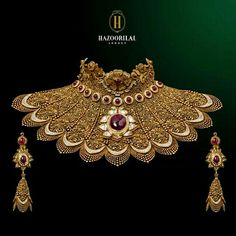 . Antique Jewellery Designs, Gold Earrings Designs, Gold Jewellery Design, Necklace Designs, Royal Jewelry, India Jewelry, Gems Jewelry, Jewelery, Gemstone Jewelry