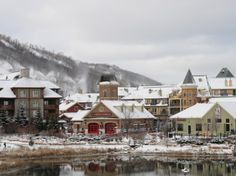 Uniquely laid out on the Niagara Escarpment, Blue Mountain offers Ontario skiers the big mountain experience. Mountain Cottage, Big Mountain, Mountain Village, Mountain Resort, Travelogue, Weekend Getaways, Lodges, Wonderful Places, Skiing