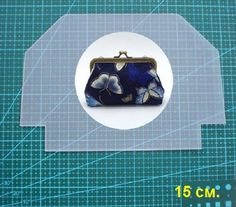 Nena Ché's media content and analytics Diy Arts And Crafts, Hobbies And Crafts, Purse Patterns, Sewing Patterns, Embroidery Purse, Clutch Tutorial, Frame Purse, Fabric Bags, Small Bags
