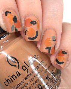 Abstract Orange Nail Art Many women prefer to visit the hairdresser even though they do not have time to use … Orange Nail Art, Orange Nails, Nail Art Blog, Nail Art Videos, Minimalist Nails, Korean Nail Art, Modern Nails, Japanese Nail Art, Trendy Nail Art