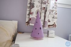 Lampe Chapeau de Fée Blanket, Sweet Night, Hat, Blankets, Carpet, Quilt