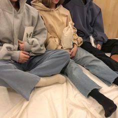 we borrowed our boys' hoodies - Fashion Outfits Look Fashion, Korean Fashion, Winter Fashion, Fashion Outfits, Womens Fashion, Boy Outfits, Mode Style, Style Me, Jeans Boyfriend