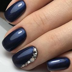 TM Transfer Decorations Multicolor Navy Blue with a glimmer of shimmer and rhinestone encrusted accent nail.Navy Blue with a glimmer of shimmer and rhinestone encrusted accent nail. Prom Nails, 3d Nails, Cute Nails, Coffin Nails, Polish Nails, Navy Blue Nails, Blue Glitter, Glitter Nails, Nail Art Blue