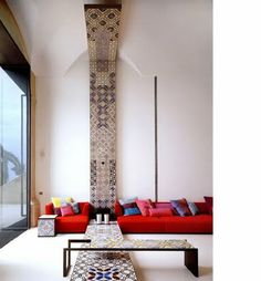Villa in Positano by Lazzarini Pickering Architetti.