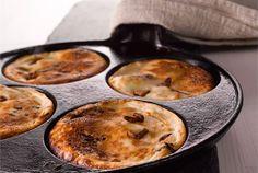 Syrnikit ✦ Syrnikit eli venäläiset rahkaletut maistuvat nekin sekä suolaisella että makealla täytteellä. http://www.valio.fi/reseptit/sienisyrnikit-eli-venalaiset-sieniletut/