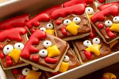 Want to make simple turkey cookies? You can because they are sugar cookies decorated with royal icing and made with a birthday hat cookie cutter. Turkey Cookies, Fall Cookies, Sweet Cookies, Cut Out Cookies, Cute Cookies, Holiday Cookies, Thanksgiving Cookies, Thanksgiving Desserts, Thanksgiving Turkey