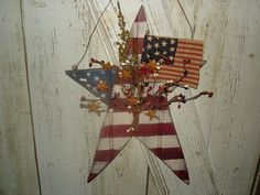 Americana Bead Board Star with Flag Americana by YorkiesPrimitives