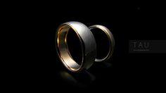 Двухцветные обручальные кольца.