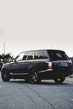 "envyavenue: ""Range Rover Vogue | Photographer"""
