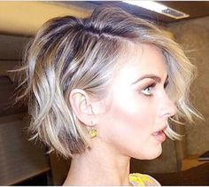 25 Short Bob Hairstyles For Women Short haircuts are really trendy now. Most women want to try these styles. One of the best cut absolutely bob haircuts. These 25 Short Bob Hairstyles for Women Wavy Bob Haircuts, Short Hairstyles For Women, Cool Hairstyles, Trendy Haircuts, Hairstyles For Over 50, Short Hair Cuts For Women Bob, Choppy Bob Hairstyles For Fine Hair, Short Textured Haircuts, Short Textured Bob