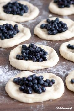 The best recipe for bilberry Buns - tasty and full of bilberries. Bread Recipes, Cake Recipes, Good Food, Yummy Food, Danishes, Polish Recipes, Polish Food, Hand Pies, Food Cakes