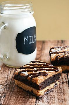 Samoa Brownies - my favorite Girl Scout cookie in brownie (another favorite) form! How awesome is that?!