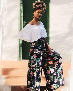 #pantalona Pants, Fashion, Trouser Pants, Moda, Trousers, Fashion Styles, Women Pants, Women's Pants, Fashion Illustrations