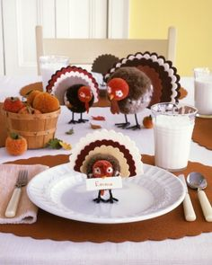 Pom-Pom Tom Decoration DIY Martha Stewart The only turkey you won't want to gobble up this holiday? One of our comely yarn-and-felt creations. Thanksgiving Place Cards, Thanksgiving Table Settings, Thanksgiving Crafts, Thanksgiving Decorations, Holiday Crafts, Holiday Fun, Seasonal Decor, Table Decorations, Turkey Decorations