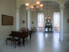 Nottoway Plantation's White Ballroom