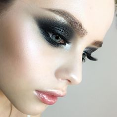"9,016 Likes, 103 Comments - @tominamakeup on Instagram: ""Shining black #smokeyeyes for unreal Masha Foundation & highlighting & contouring by @temptu…"""