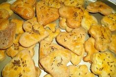 Sós keksz :: Erdélyi Receptek Cauliflower, Dairy, Cheese, Vegetables, Food, Cauliflowers, Essen, Vegetable Recipes, Meals