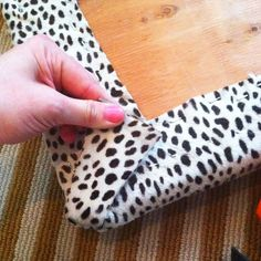 Remember the not-so-vintage bench I was going to reupholster in the spotted leather? I finished it before we went on vacation. I used my favorite corner method and thought I'd share. It's an easy approach. First I laid out the hide to figure out the pattern placement. I used these new AMAZING heavy-duty scissors to cut …