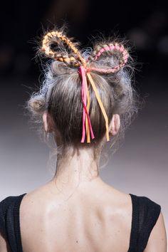 Yohji Yamamoto Spring 2014 // hair bow