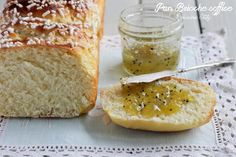 La ricetta perfetta per fare un Pan Brioche soffice e leggero,una ricetta per la colazione di ogni mattina, con un filo di marmellata è davvero ottimo