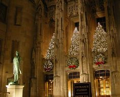 it's christmas time in the city #chicago