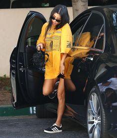 422abe64cff  fashion  kardashian  kourtney  style